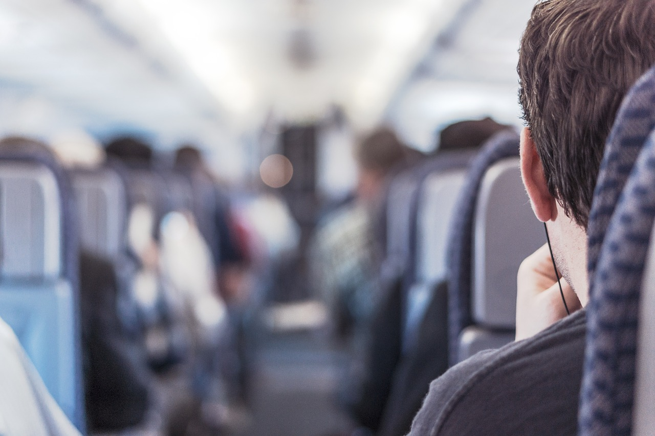 Top Tips for Surviving a Long-Haul Flight