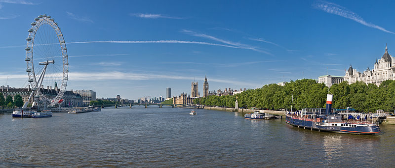 800px-Thames_Panorama,_London_-_June_2009