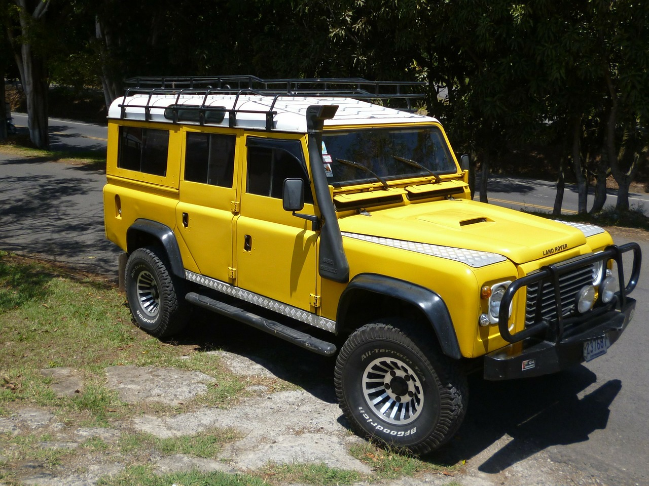 yellow-164314_1280