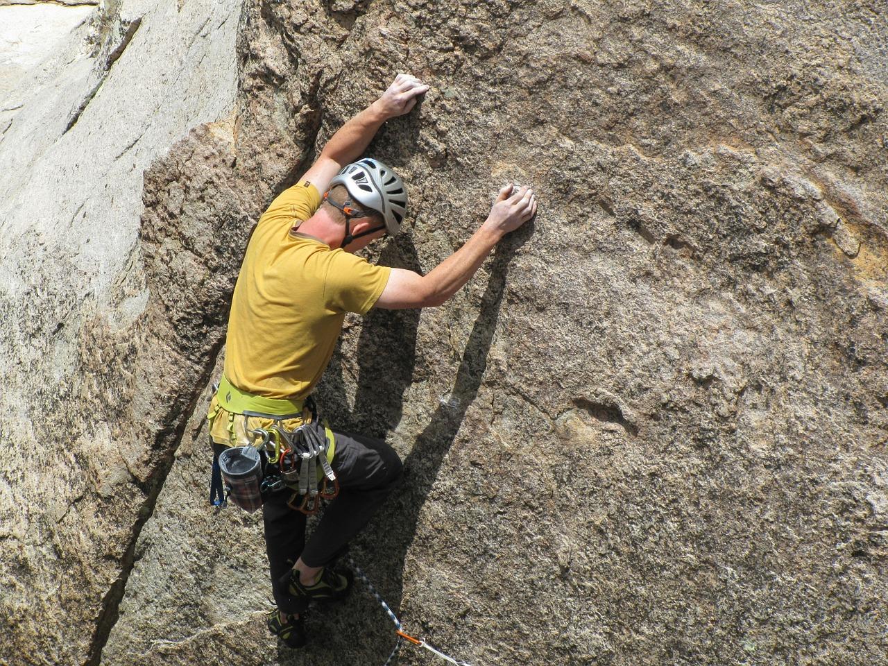 rock-climbing-403487_1280