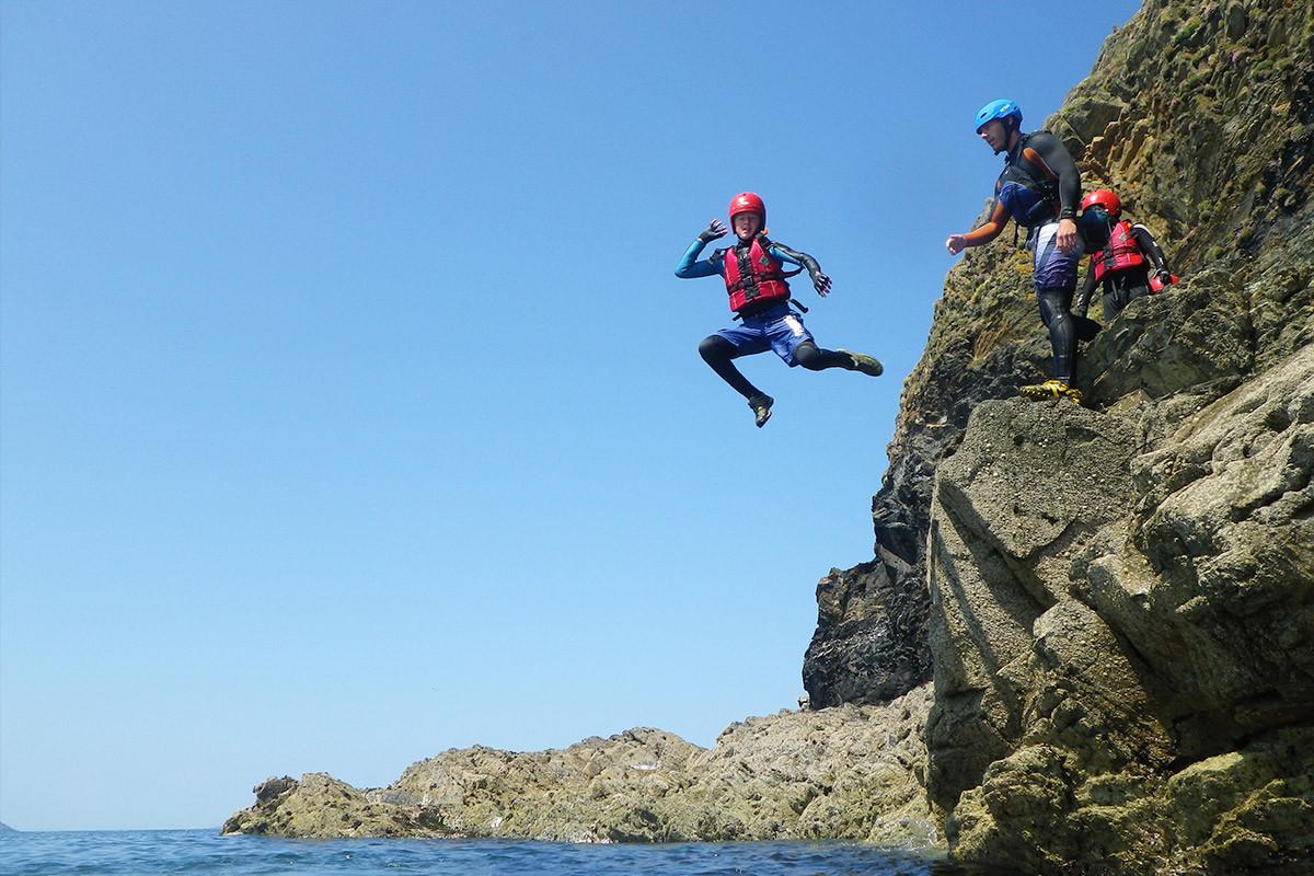 children-coasteering-5