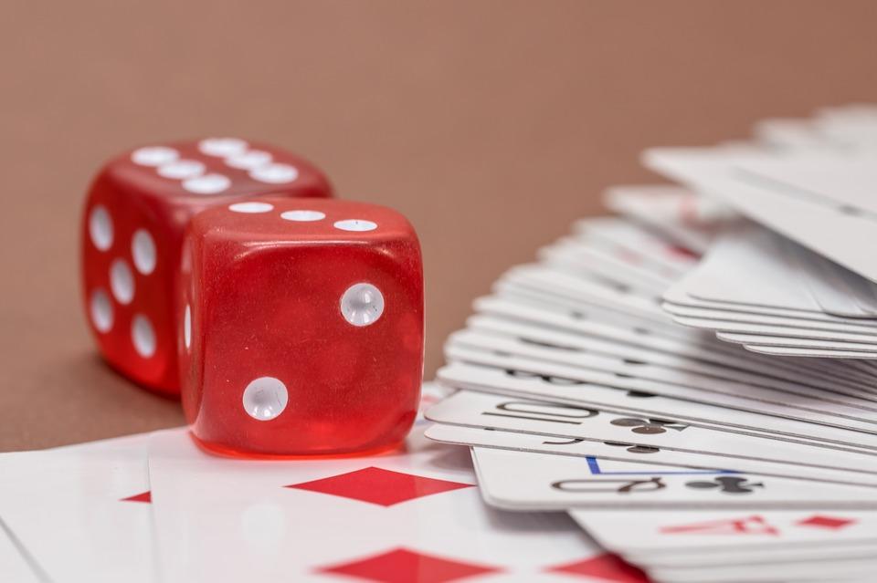 gambling-570701_960_720
