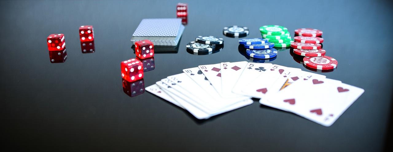 poker-game-play-gambling-163828